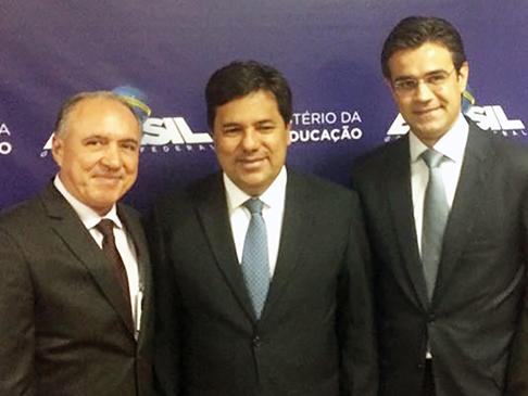 Prefeito João Paulo cumpre agenda em Brasília