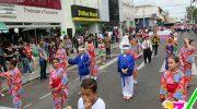 Desfile cívico colore a Nhonhô Livramento com diversidade montealtense