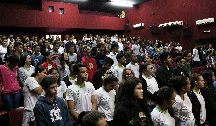 Jornada Escolar promove palestra de encerramento no Teatro Municipal