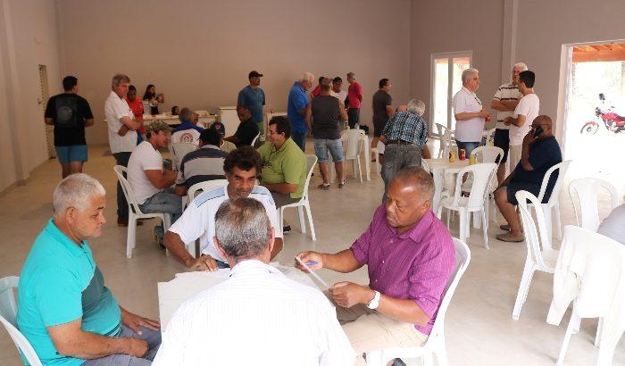 Associação dos Funcionários Públicos reinaugura seu clube com torneio de truco