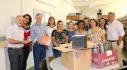 Deputado Gasparini entrega livros à Biblioteca Municipal