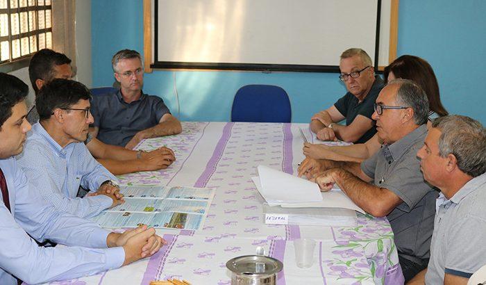 Gestores municipais reúnem-se com membros da OAB para debater atividades da Prefeitura