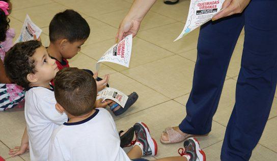 Crianças recebem orientações sobre queimadas urbanas