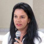 Enfermeira e advogada, Dra. Fabíola Campos