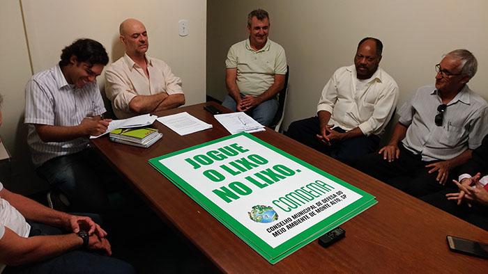 COMDEMA se reúne para discutir sobre arborização, novas leis e orientação sobre descarte de lixo