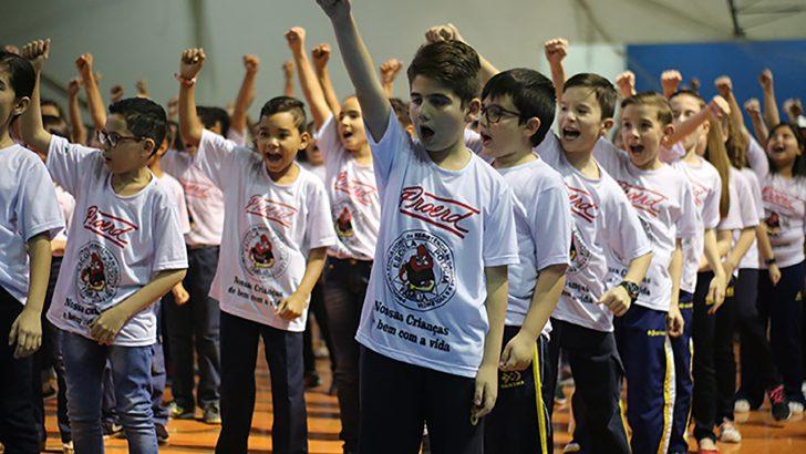 Proerd forma 350 crianças das escolas municipais e particulares