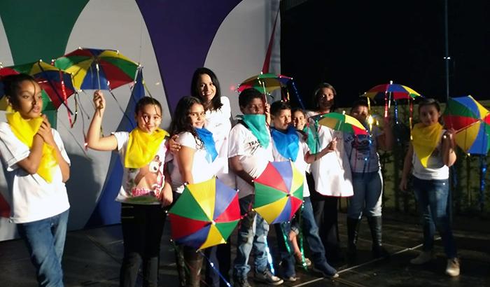 EMEB Tiezerini realiza Festa da Alegria com alunos e familiares