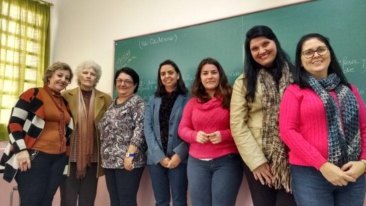 Professora da EMEB Rita Schlithler tem projeto reconhecido nacionalmente
