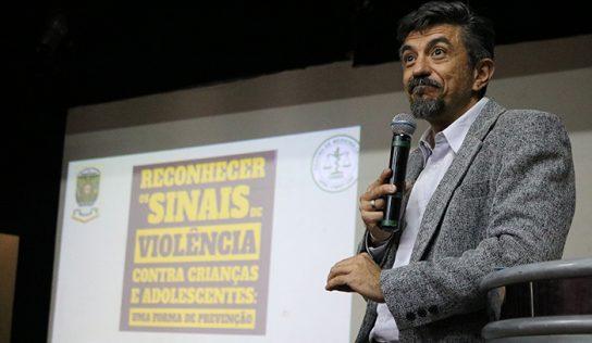 Palestra sobre violência reúne Educação, Saúde e Assistência Social
