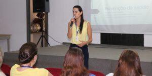 Setembro Amarelo foi tema de encontro entre profissionais da saúde