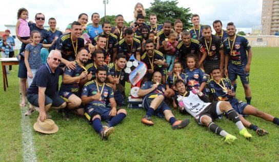 Red Bull é campeão da Série Ouro do Futebol de Campo