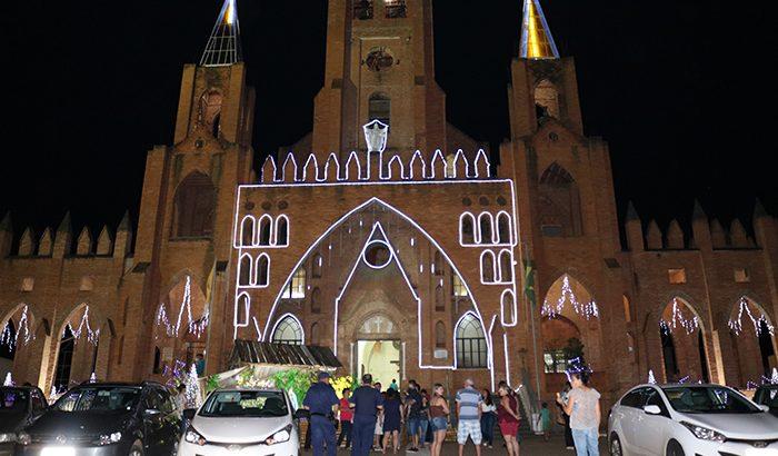 Santuário da Virgem Montesina e Prefeitura inauguram decoração natalina