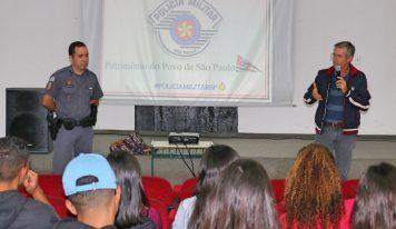 Escolas de Monte Alto recebem palestra sobre a prevenção de traumas no trânsito
