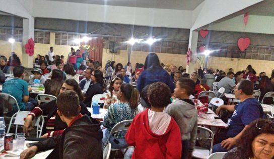 Festa da Família é sucesso na escola Lourdes Siqueira