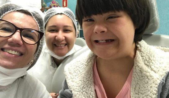 Dentistas participam de curso para atenderem pacientes especiais
