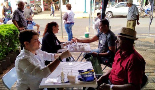 Secretaria de Saúde leva prevenção às hepatites virais ao Centro