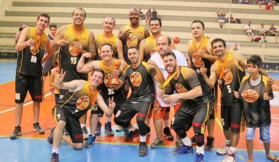 Jogo define os 3º e 4º colocados no Campeonato Municipal de Basquete