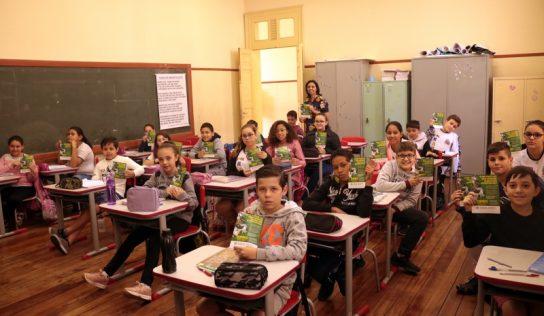 COMDEMA visita escola e fala sobre seus trabalhos