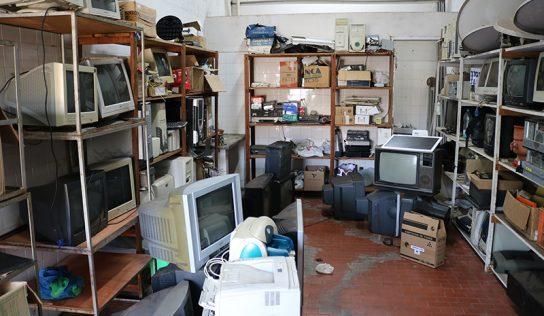 Primeira coleta do Ecoponto reúne mais de 2 toneladas de lixo eletrônico