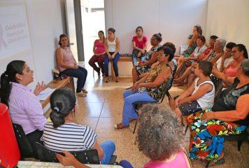ESF Accácio promove ação de conscientização sobre 'Outubro Rosa'