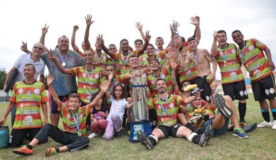 Daniel's/Unidos do Tornoza é o campeão da Série Ouro do Futebol