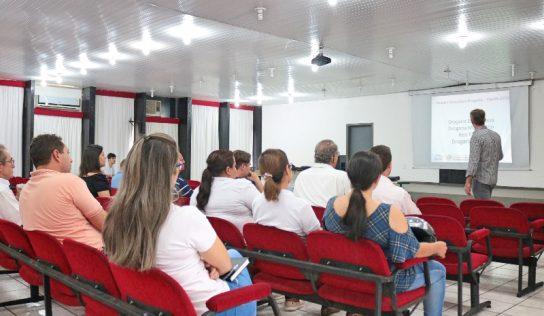 Reunião com farmácias e drogarias define o plantão de funcionamento para 2020