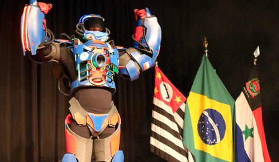 Em transmissão ao vivo, GCM apresenta sua nova mascote